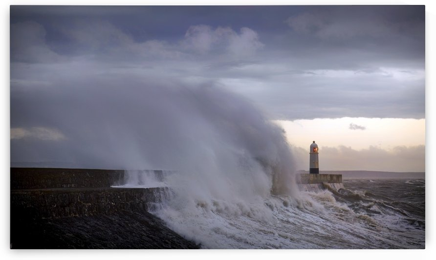 Storm Ciara hits South Wales by Leighton Collins