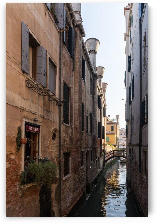Classic Venetian - Poste Vecie Bridge Pizzeria And Distinctive Chimneys by GeorgiaM