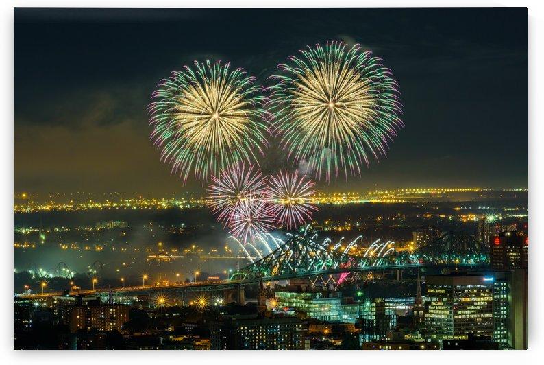 Flashing fireworks by RezieMart
