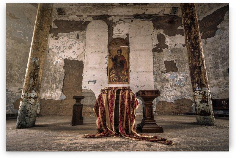 Abandoned Altar by Dan Fleury