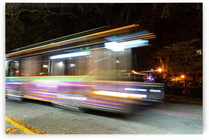 Bus in Motion   Savannah 03836 by @ThePhotourist