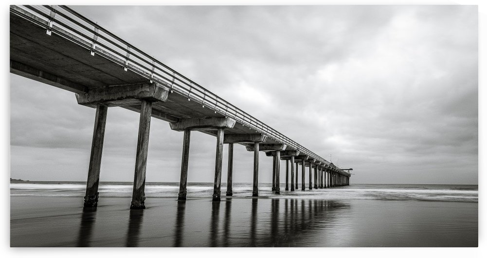 Scripps Pier in B&W - Cropped by Sebastian Dietl