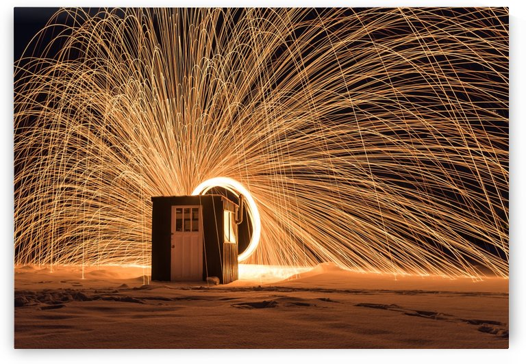 Light painting behind ice fishing hut by RezieMart