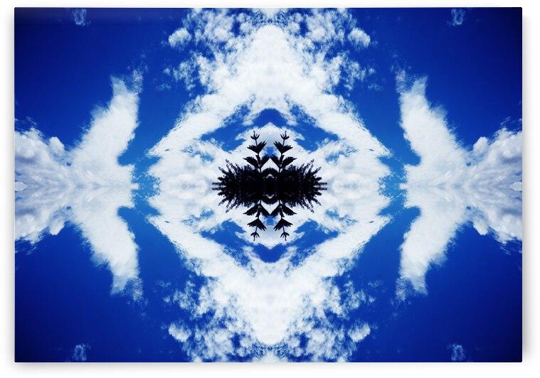 Cloudes 104 by Carlos Manzcera
