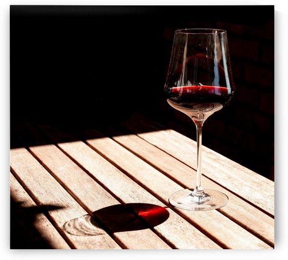 Red wine by Slava Eremin