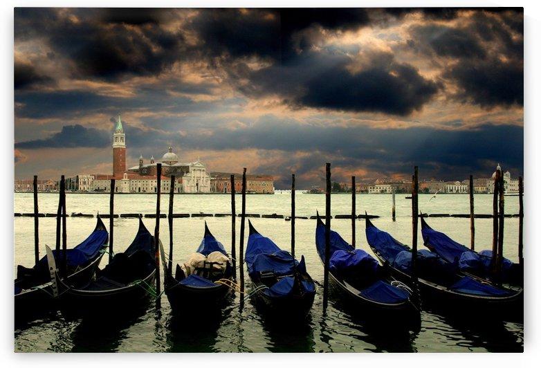 venice gondolas italy venezia by Shamudy