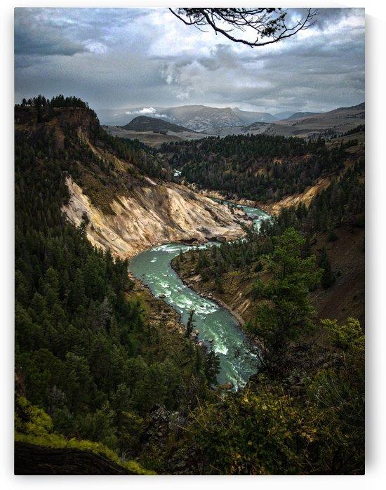 Yellowstone River by Justgoexplore