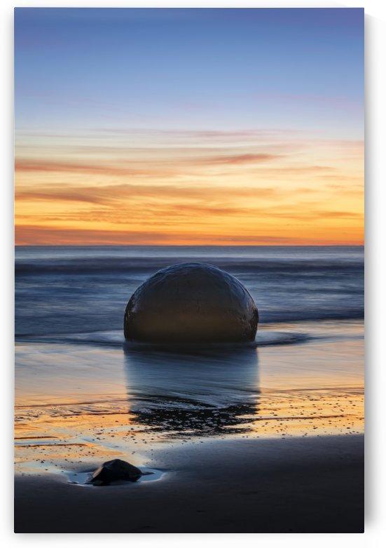 Moeraki Sunrise by Michael Pierce