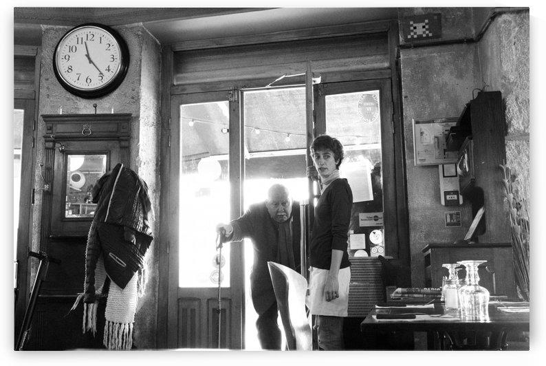 Bienvenue dans le Brasserie by Bill Osuch
