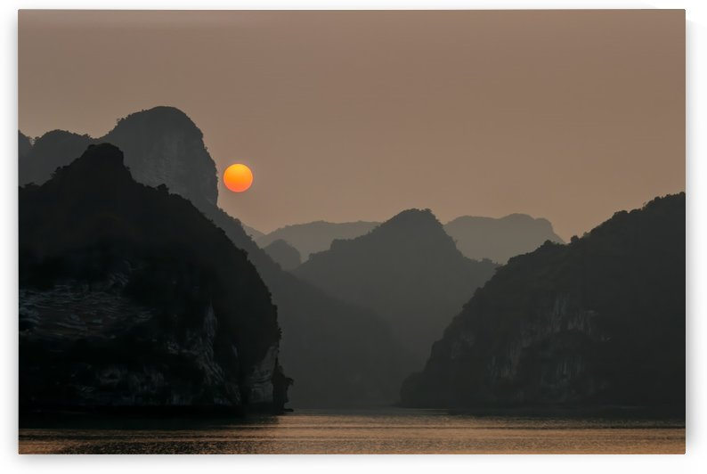 Ha Long Sunset by Peter Jacoby