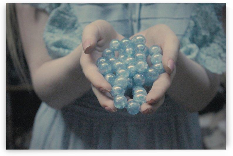 Pearl  by Samuel Sollar