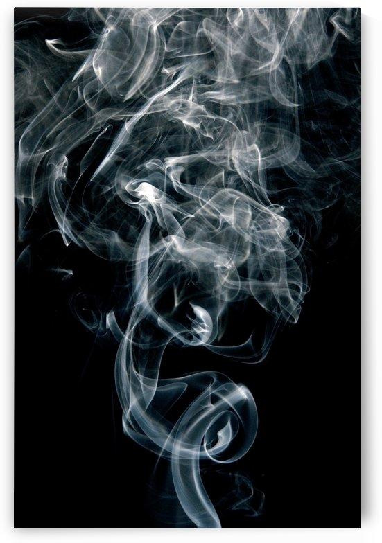 black and white fumaca by ANA PAULA RIUS