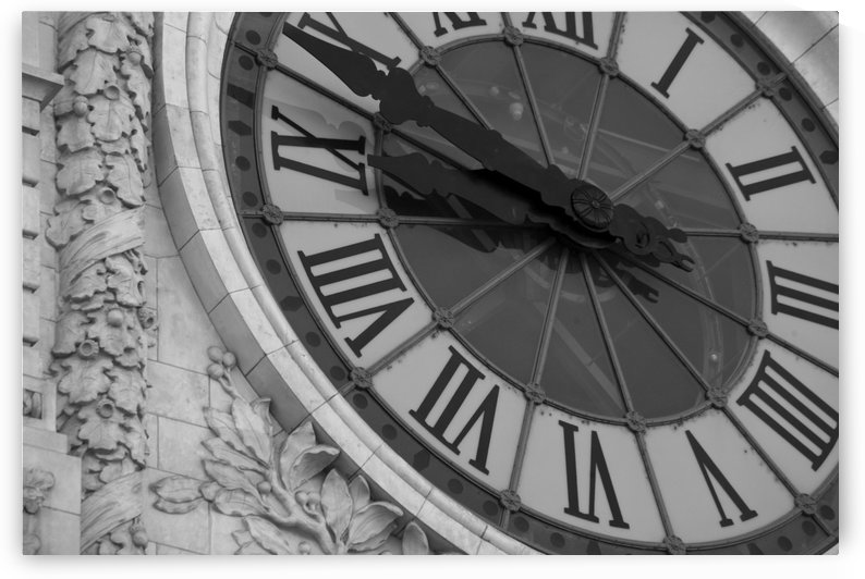 Clock - Paris 2535 by Move-Art
