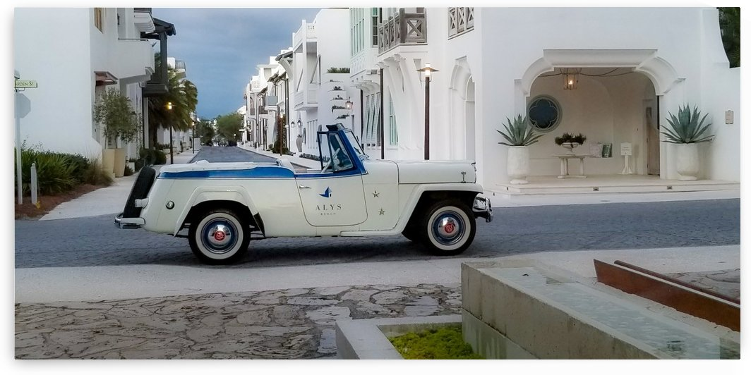 ALYS BEACH VINTAGE CONVERTIBLE by Nancy Calvert