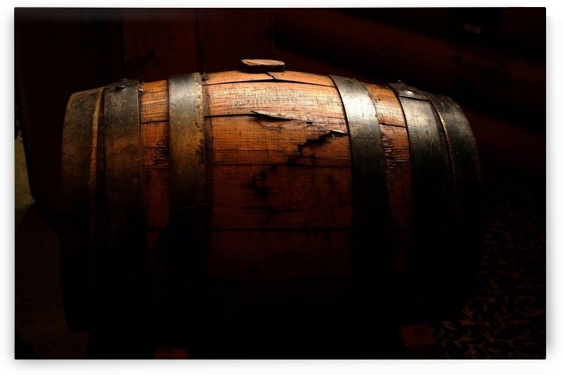 Old barrel by Johnnyphotofreak