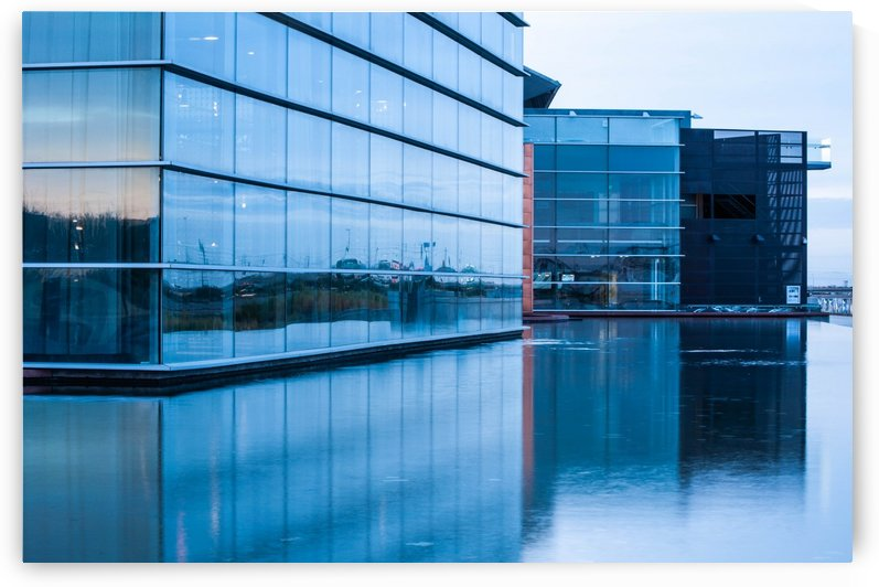 Reflective Architecture by David Pinter