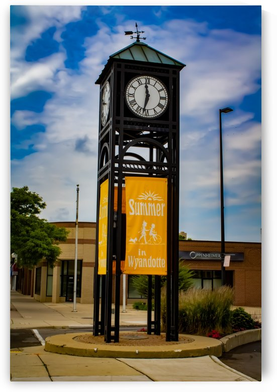 Wyandotte Clock by Phoenix Wilbur