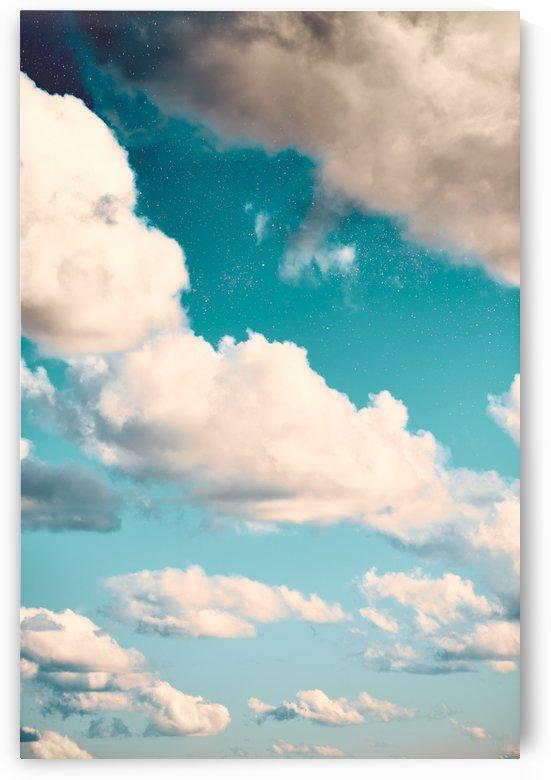 Beneath a steel blue sky by CarlosDoesPhoto