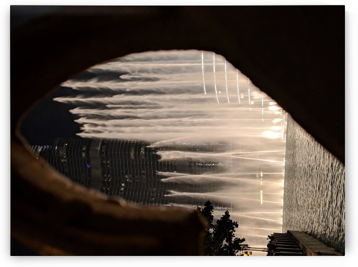 Dubai Water fountain  by VantagePoint