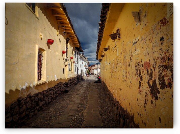 Cusco calle pequena by Dan Edel