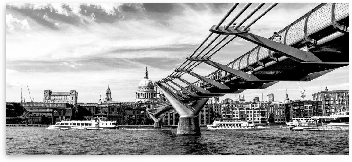 River Thames - London city skyline by Bentivoglio Photography
