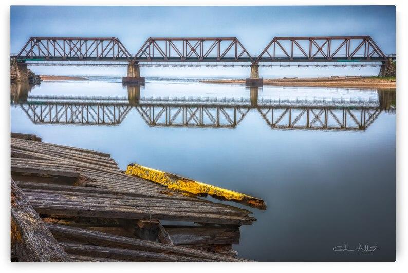 Double pont by Glenn Albert