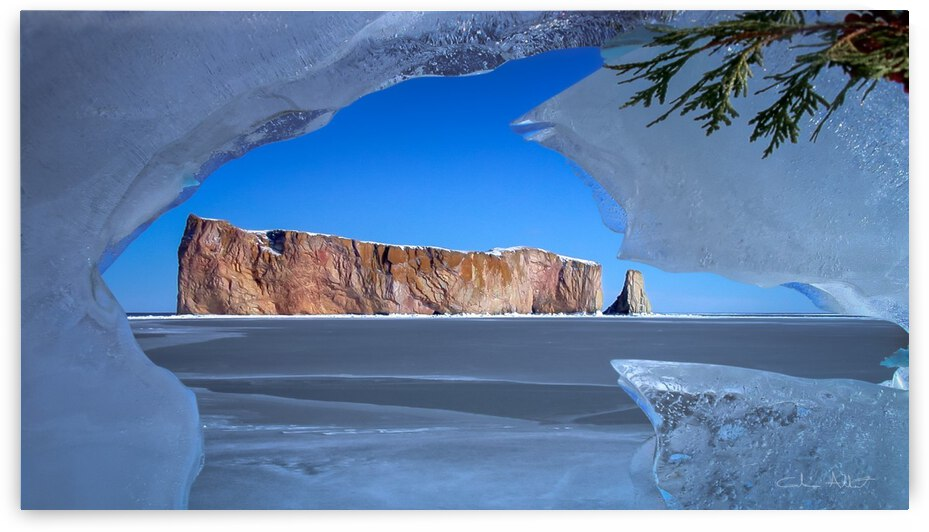Rocher Perce sous glace by Glenn Albert
