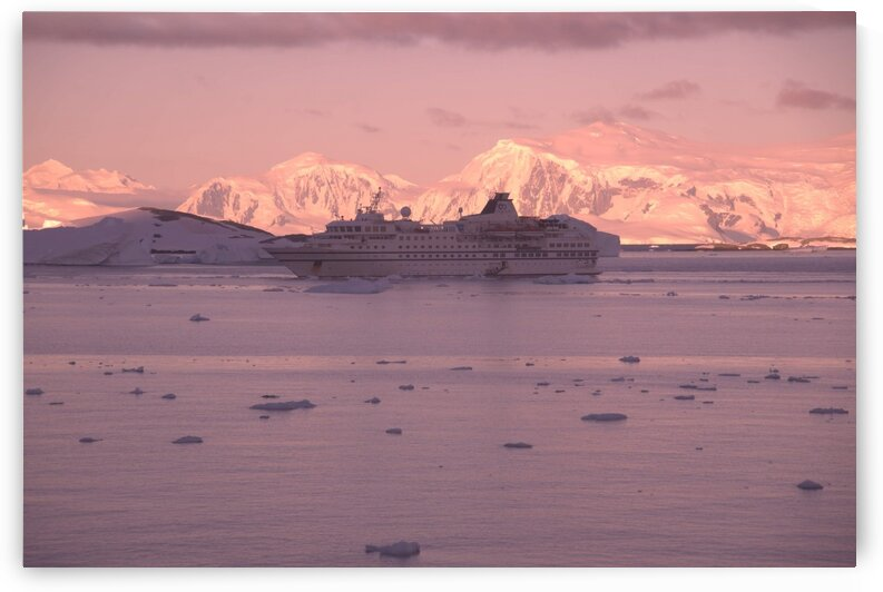 Antarctica sunset  by Cameratic