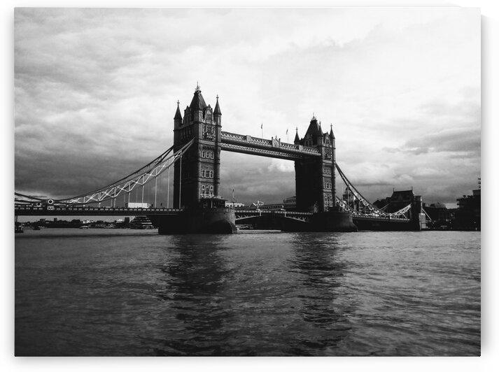 TOWER BRIDGE by Nat