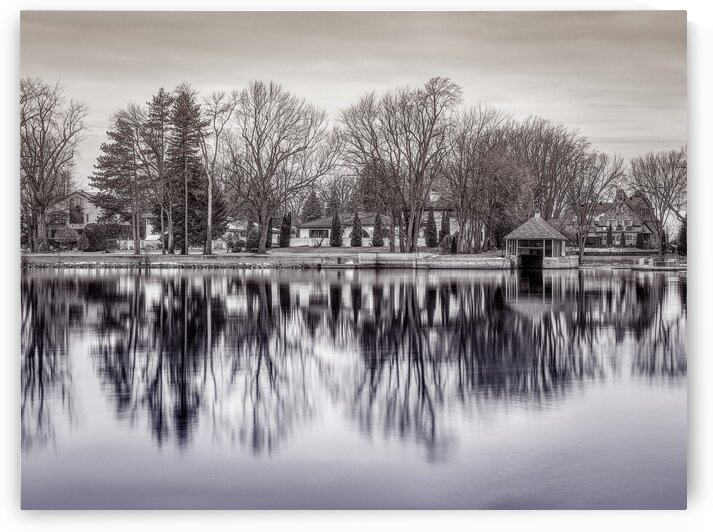ile Roussin by Christophe Modot