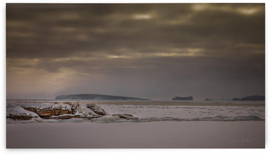 Belle-Anse nuageuse by Glenn Albert