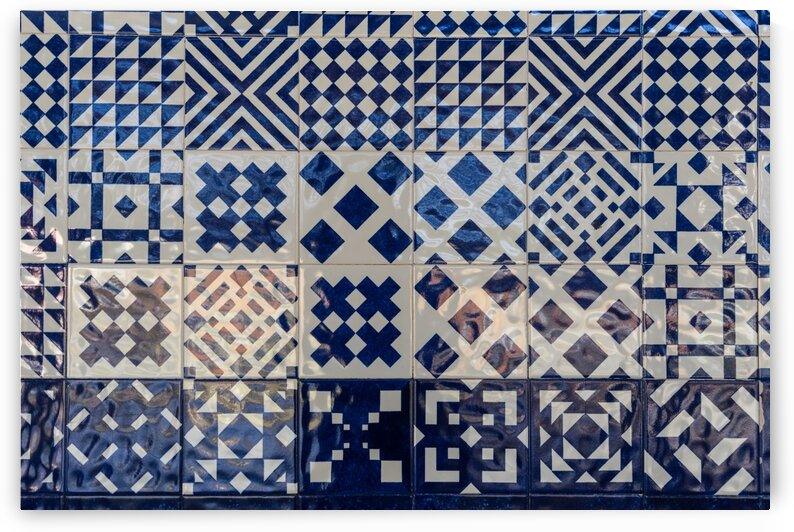 Glossy Modern Azulejos - Shimmering Geometric Patterns in White and Blue by GeorgiaM