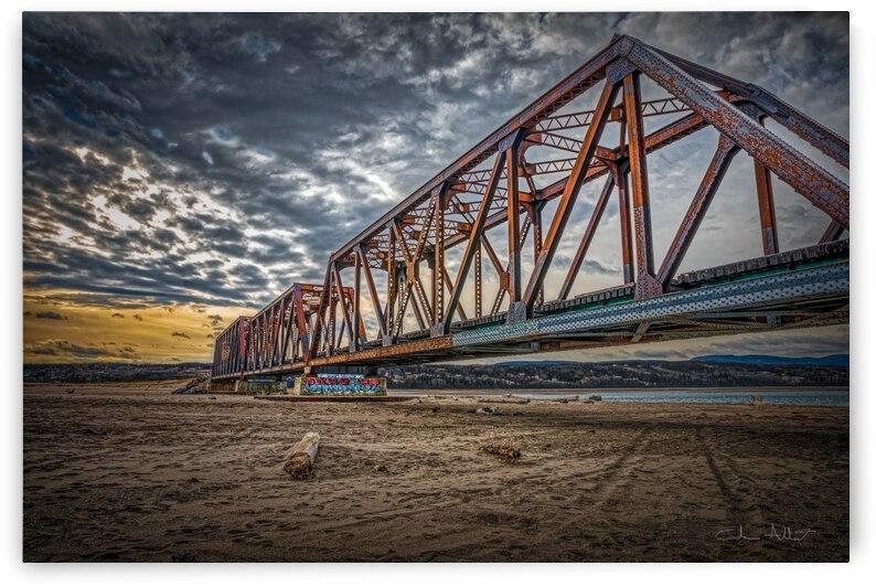 Pont de fer Haldimand by Glenn Albert