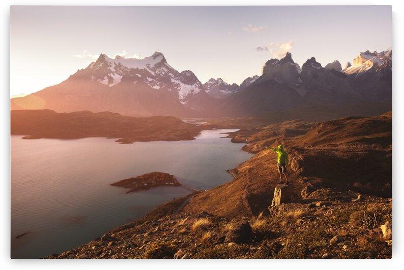 Sunset Hike by Ramiro Torrents