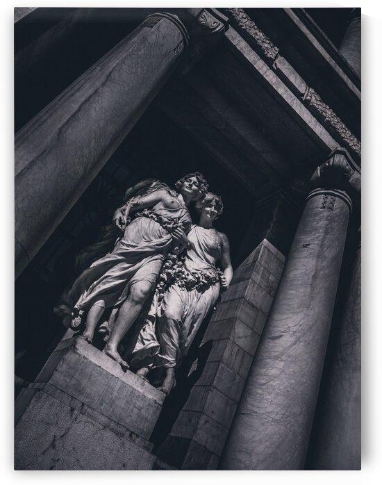 Statue by Max Stark