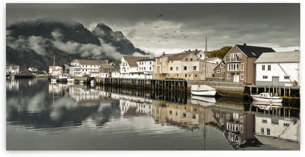 Fishing village, Lofoten, Norway by Assaf Frank