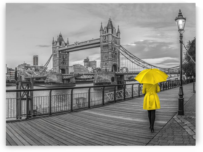 Women in yellow, Tower bridge, London, UK by Assaf Frank