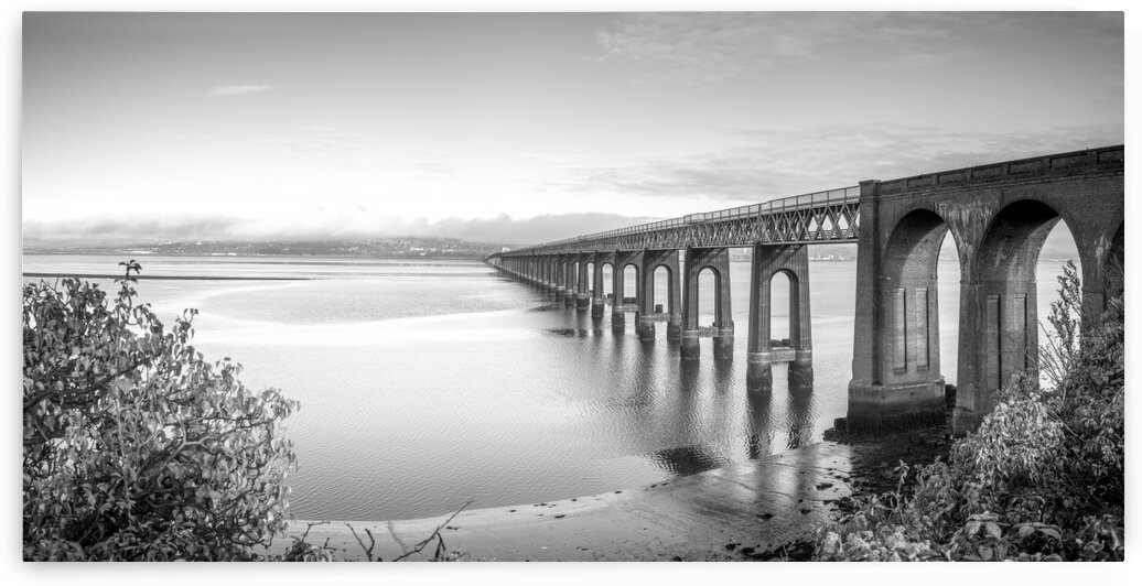 Tay Rail Bridge, Dundee, Scotland by Assaf Frank