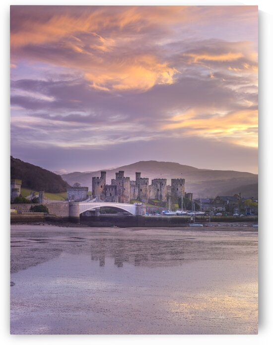Conwy castle, North Wales coast by Assaf Frank