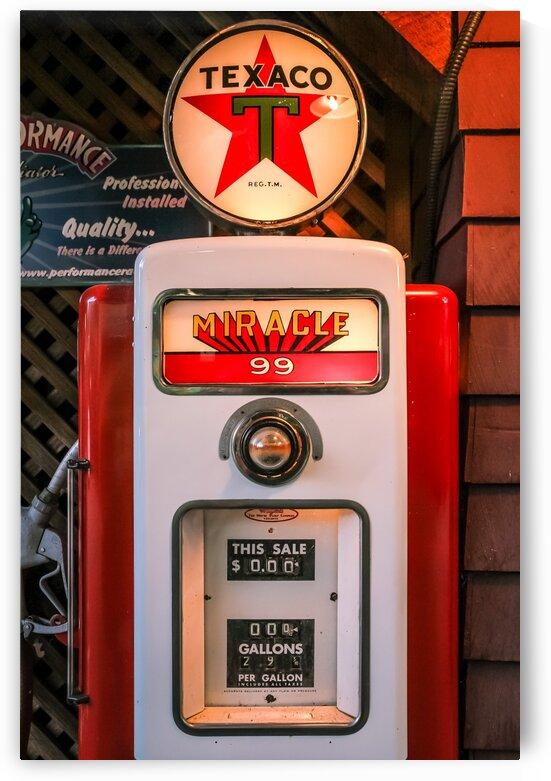 Vintage Texaco Gas Pump by bj clayden photography