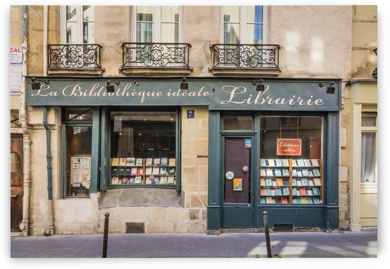 La Bibliotheque by bj clayden photography