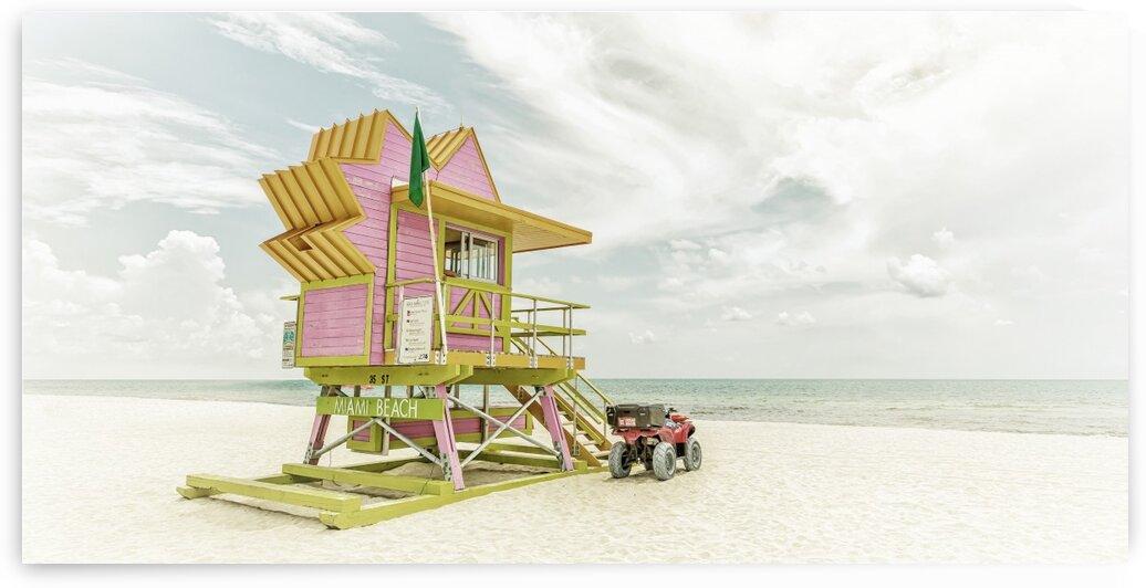 MIAMI BEACH Florida Flair | Vintage Panorama by Melanie Viola