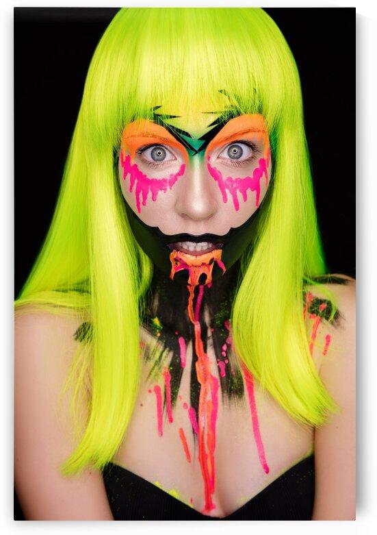 Neon face art by Dmitro Inozemtsev