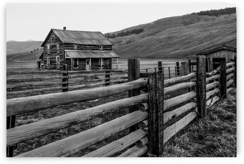 AN OLD FARMHOUSE by Bill Sherrell