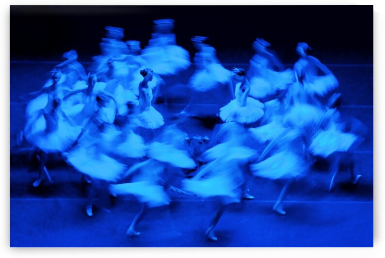 Ballet 1 by Henry Pontual
