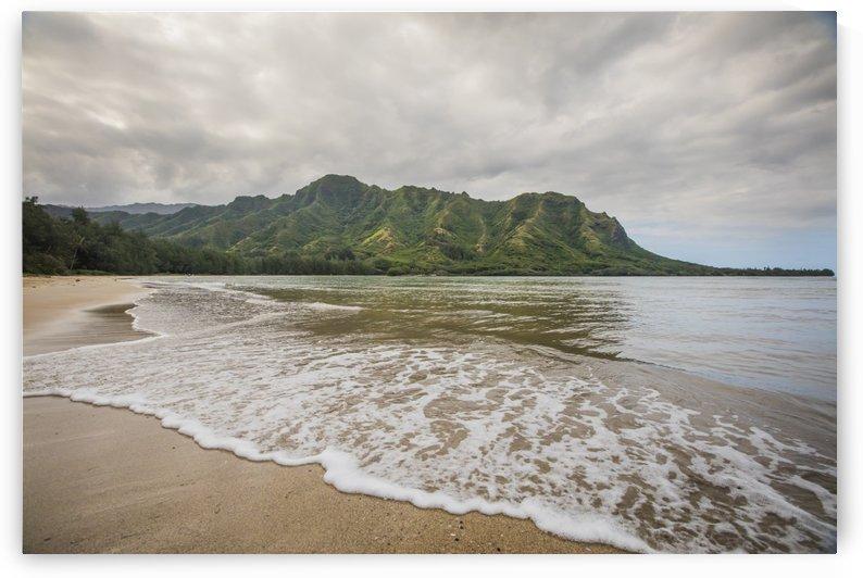 Kahana Bay  by Ramon Brockington