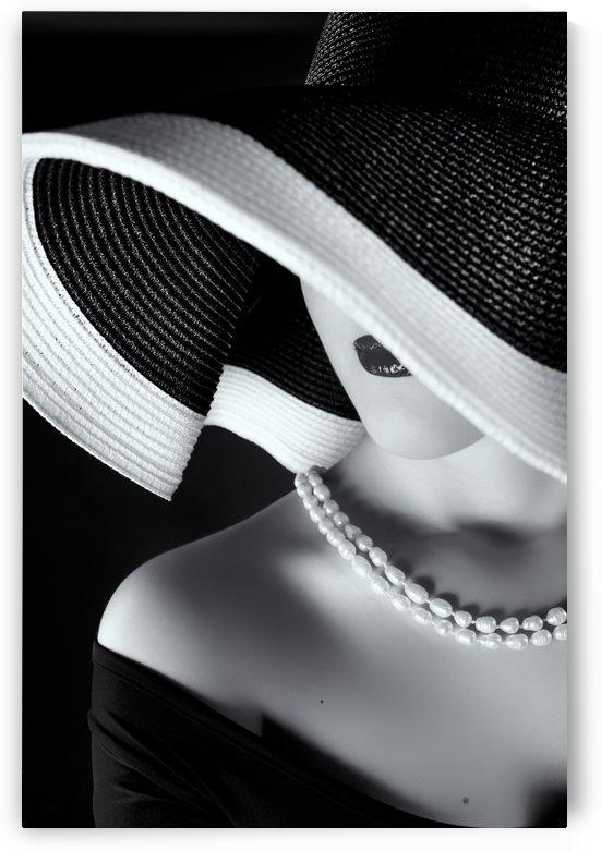 La femme au chapeau by 1x