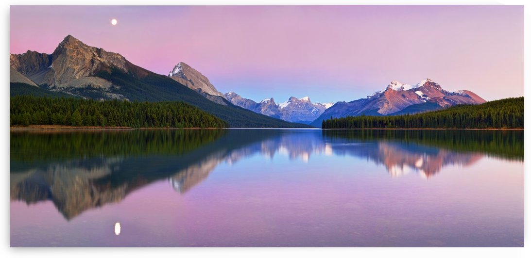 Maligne Lake by 1x