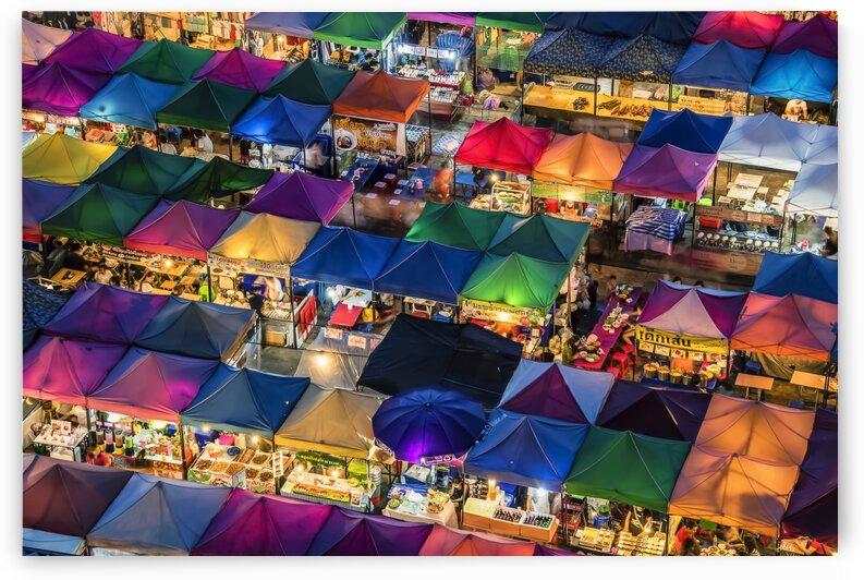 Train night market by Manjik Pictures