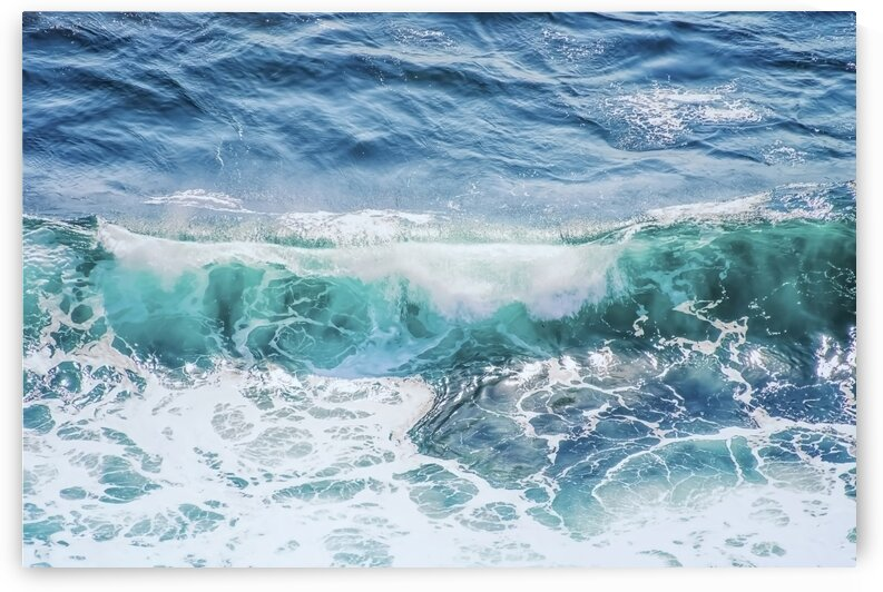 The wave by Manjik Pictures